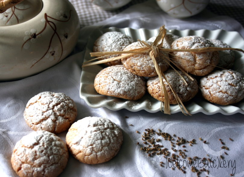 Biscotti con farina di riso e olio, profumati all'anice