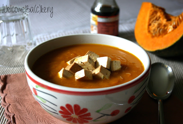 Pumpkin soup with marinated tofu