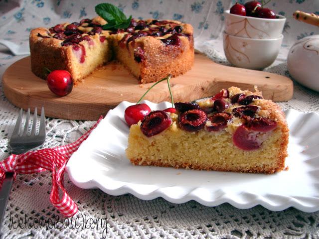 Cherries and almonds cake