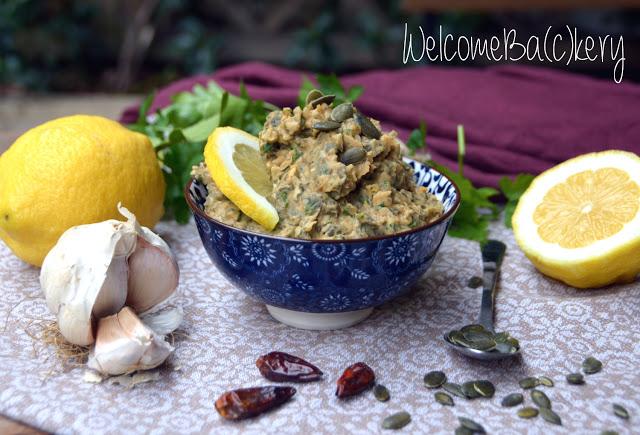 Hummus di cannellini e semi di zucca