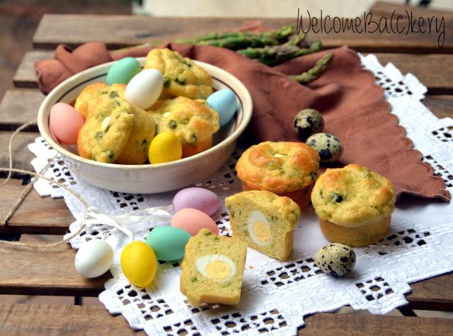 Muffins con asparagi e uova di quaglia