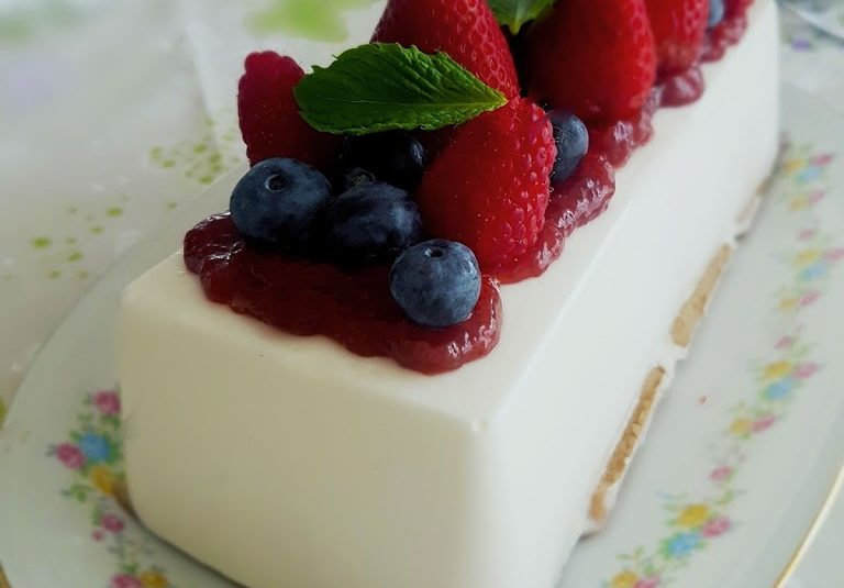 Greek yogurt semifreddo